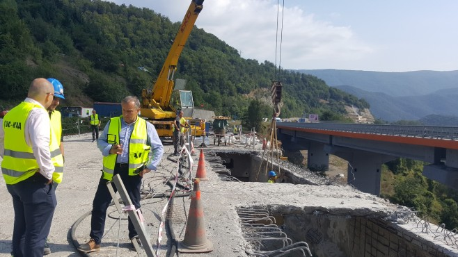 API: if we do not rebuild bridges and tunnels for a maximum of 4 years, we close highways