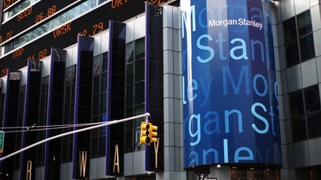 Morgan Stanley би очакванията на анализаторите с финансовите си резултати