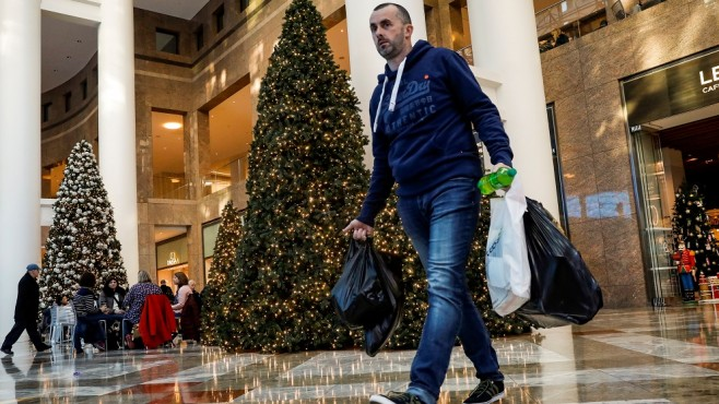 Christmas sales in the US are expected to exceed 1 trillion for the first time. dollar