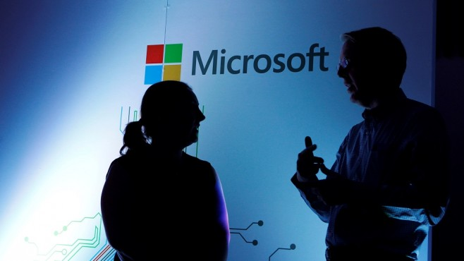 Competitors Microsoft and Sony squeeze their hands for a new partnership